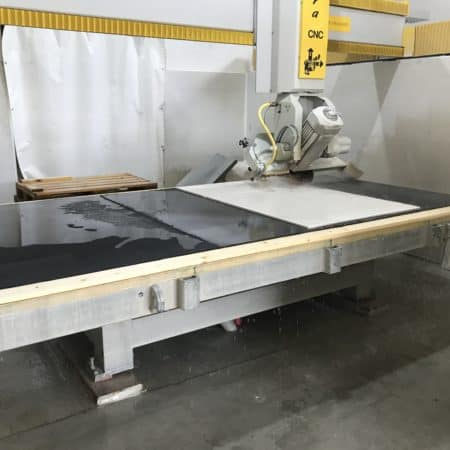 Rubber Matting Saw Table Amastone 1